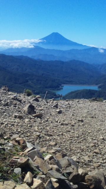 富士山が間近に見える百名山