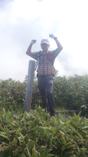 福井県最高峰三ノ峰登頂